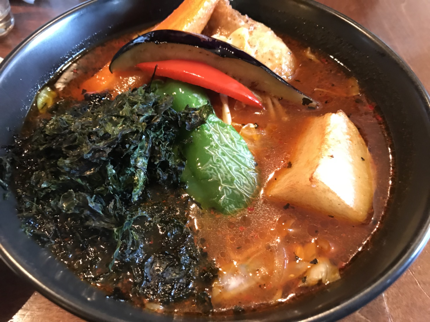 札幌のスープカレーを32店舗食べ歩いたのでおすすめのお店を紹介します。